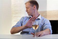 Come Comportarsi con un Alcolista
